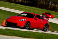 Car-Nissan Z-Red